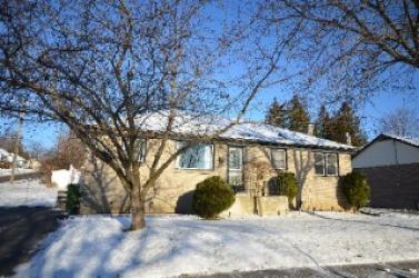394 Chesterfield Ave, Peterborough, Ontario